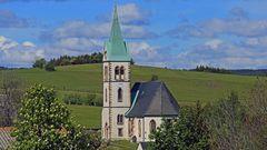 Für mich die am schönsten gelegene Kirche im Osterzgebirge, die...