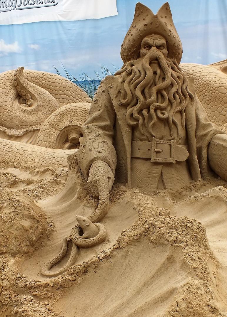 Für mich ein Fest, Travemünde hat wieder Sandskulpturen.