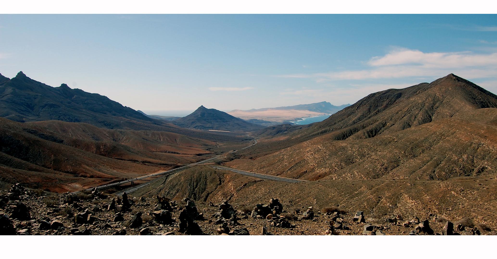 Fuerteventura - Blick aus den Bergen auf den Istmo de la Pared