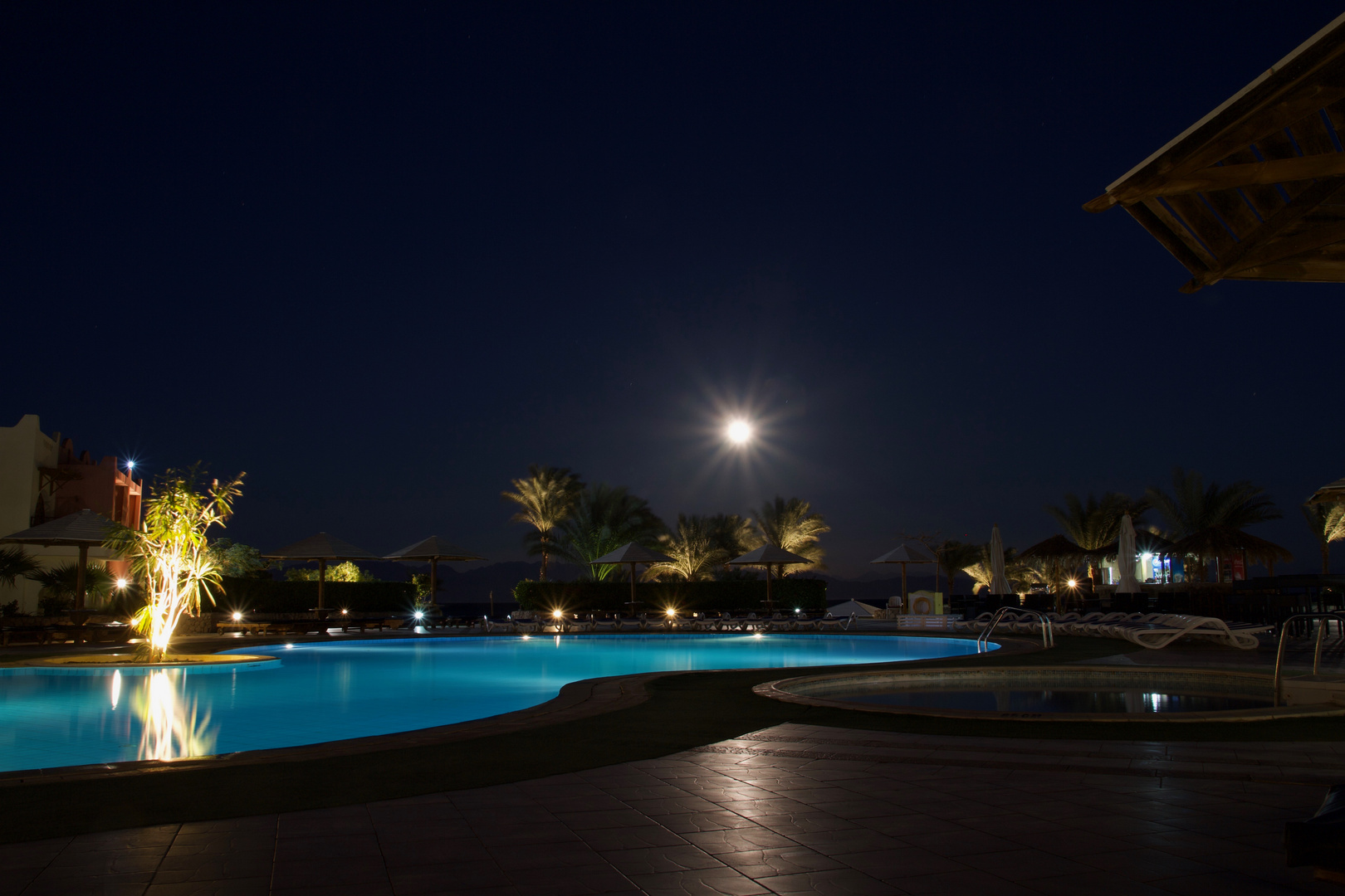 Full moon at Hotel Tropitel Dahab Oasis