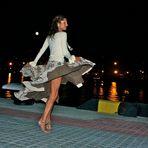 """full-moon-night dancing""... or ""la donna sotto la luna"""