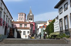 Funchal mit dem Turm der Se Cathedral