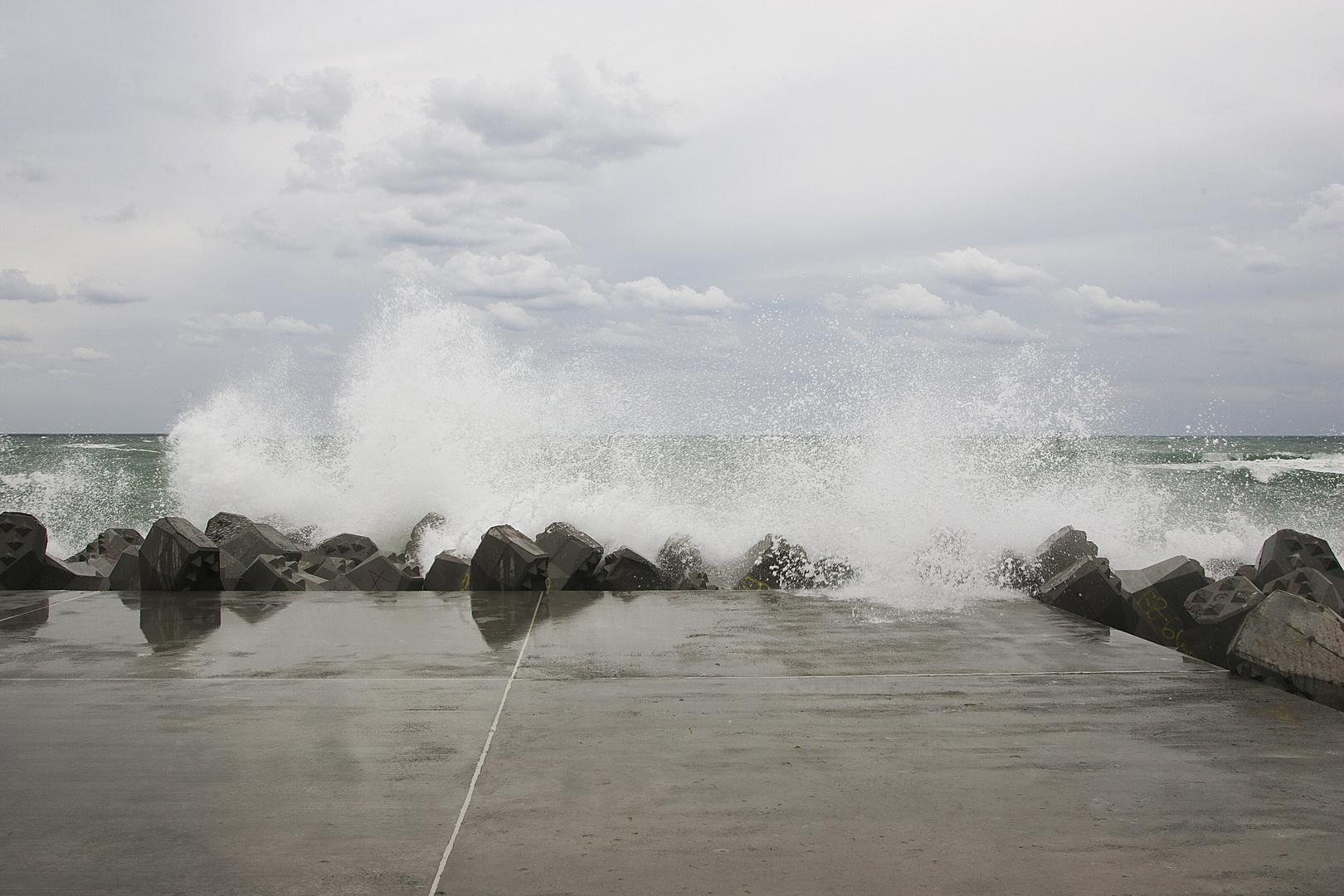 furious wave