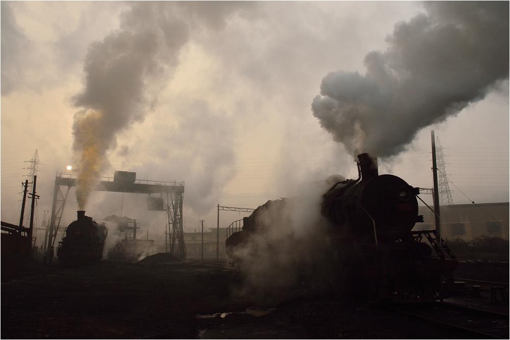 Fushun Special Steelworks IV  -  Dampfstimmung