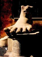 """Fuß einer Statue Konstantins des SEHR """"Großen"""""""