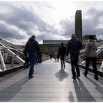 Fußgängerbrücke über die Themse