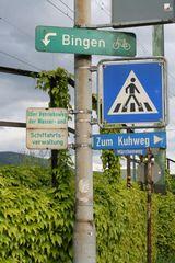 Fussgängerüberweg zum Märchenweg