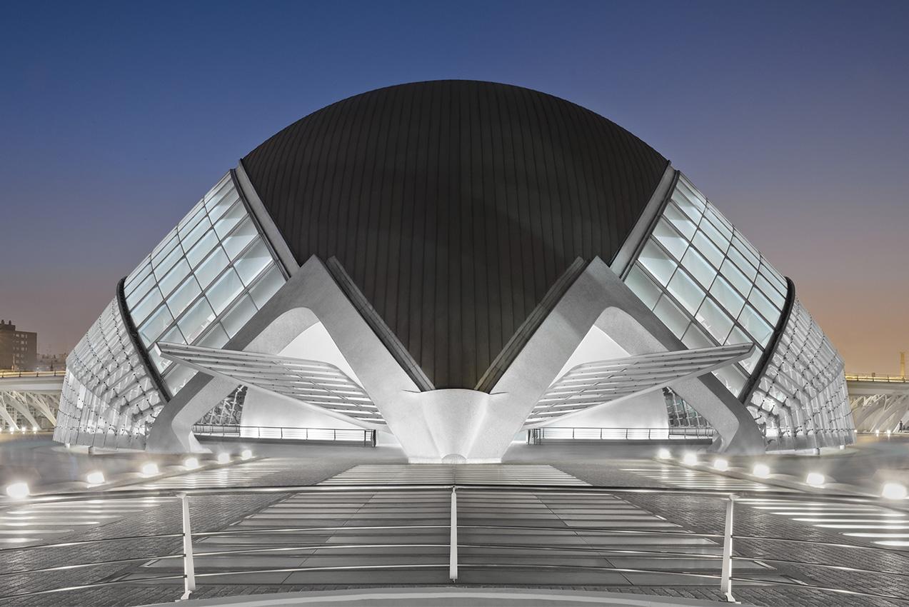 Future ambitions futuristische architektur in valencia foto bild architektur architektur - Futuristische architektur ...