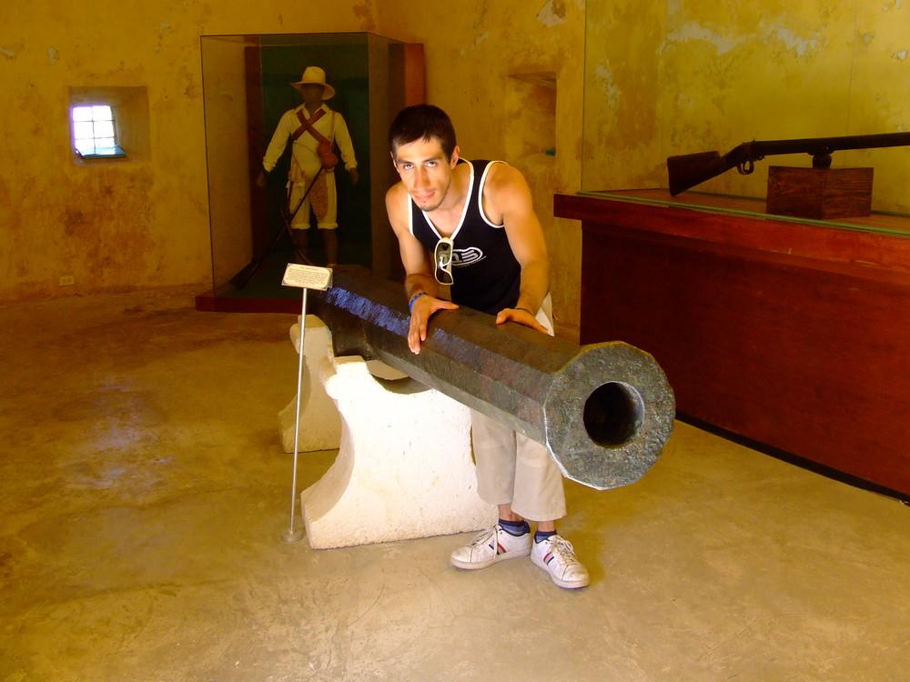 Gabo intro the Castle in Campeche-México