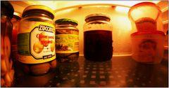 ... ganz rechts ist noch a Patzerl Leberkäs in den Frischhaltedosen ...