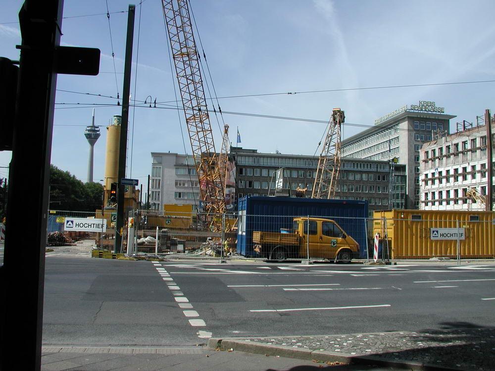 GAP Baustelle 16.8.03 Südseite Graf Adolf Platz