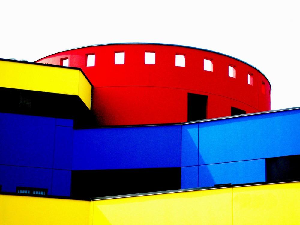 Garage colorato-Cernusco sul Naviglio.