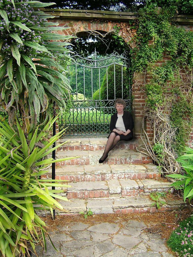 garden gate and isabel