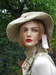Garden Girl likes...... p.e.