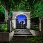 Gartentor zum Harburger Schloss