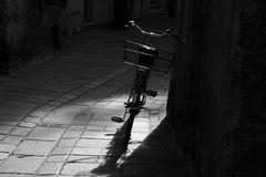 Gasse mit Fahrrad