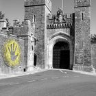 ... gate to the castle ...