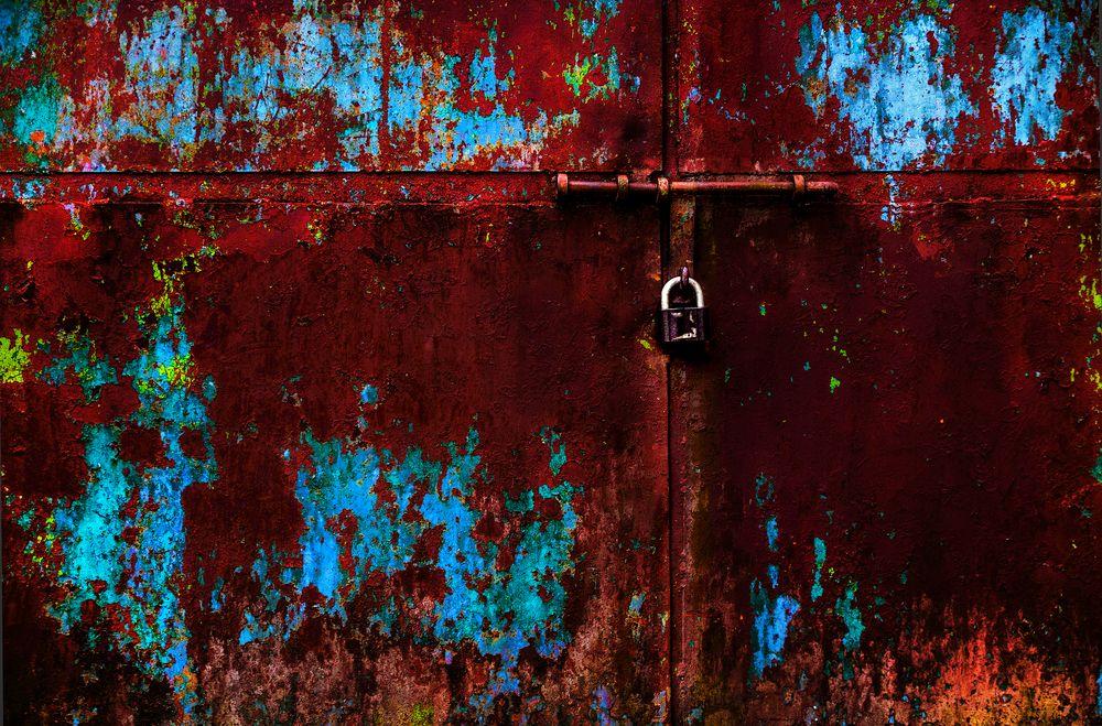 """gate"", vilnius, lithuania"