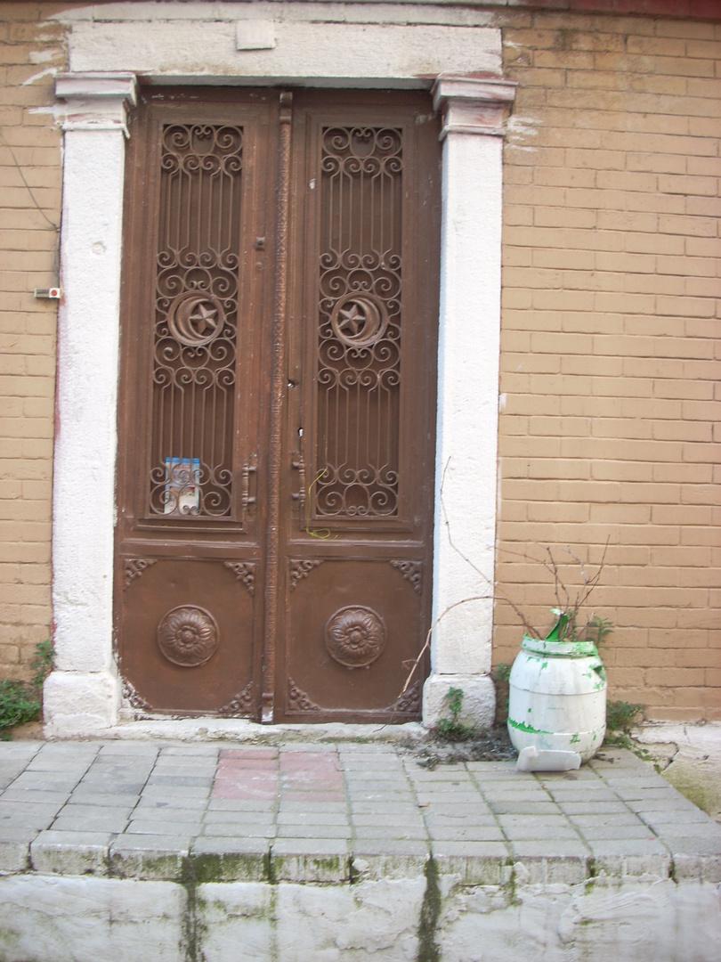 Gate_5