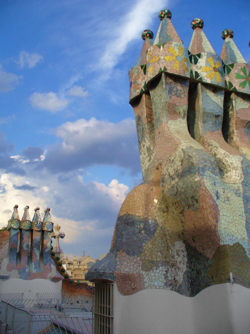Gaudi über den Dächern