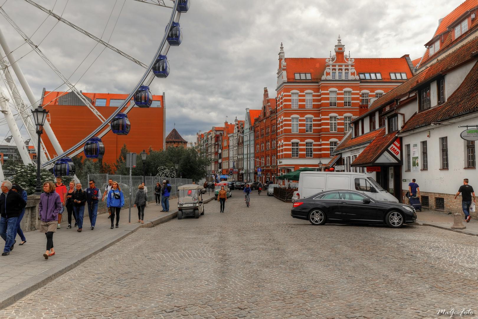 Gdansk - Sur le chemin de la vieille ville / Danzig - Auf dem Weg in die Altstadt
