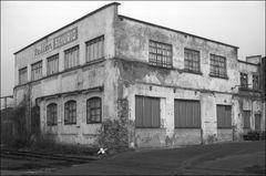 Gebäude im Industriegebiet