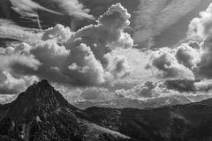 Gebirge unten und oben