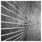 gebogene Mauer
