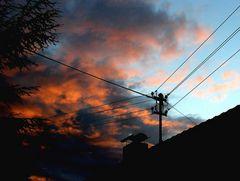 Gebündelte Energie am Abendhimmel