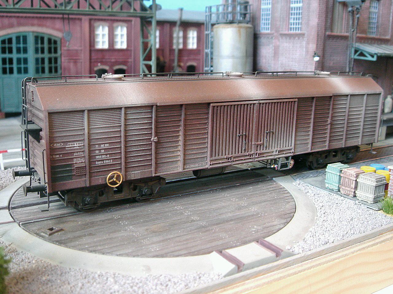 ged. Güterwagen der DR