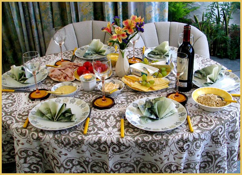 gedeckter tisch foto bild stillleben essen trinken tafeln bilder auf fotocommunity. Black Bedroom Furniture Sets. Home Design Ideas