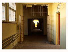Gefängnisgang I