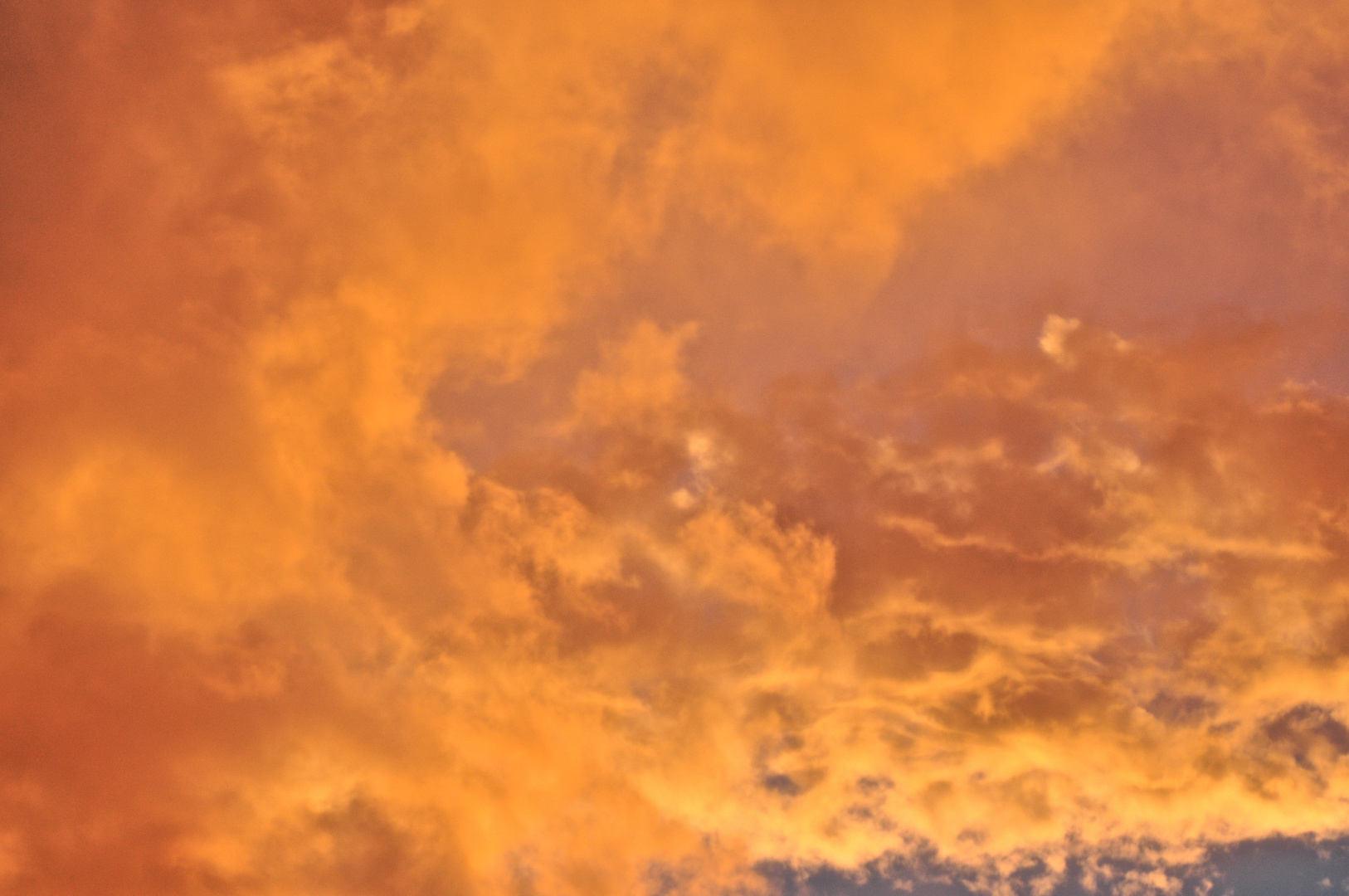 Gefärbte Wolken