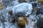 Gefangen im Wasser und Eis