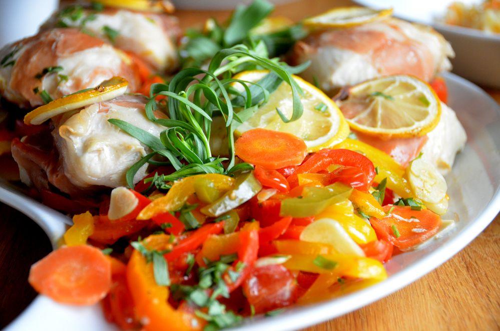 Gefüllte Hähnchenbrust mit Zitrone & Knoblauch, dazu Risotto & Orangenkarottensauce