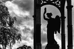 Gegenlicht-Engel