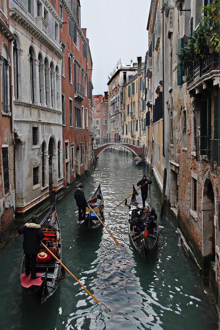 Gegenverkehr im canale