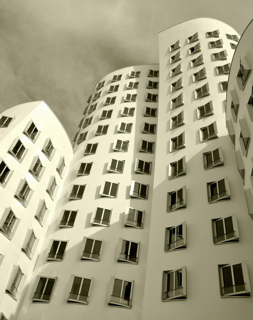 Gehry Bauten Medienhafen Düsseldorf