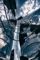 Gehry - Chrome II