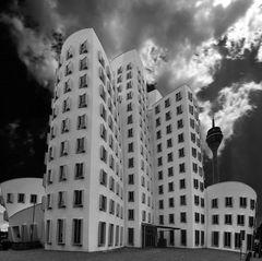 Gehry Häuser im Düsseldorfer Medienhafen