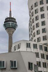 Gehry meets Rheinturm