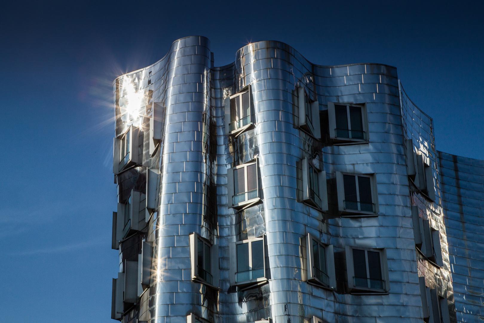 Gehry Reflex