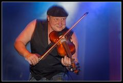 Geige in Blau