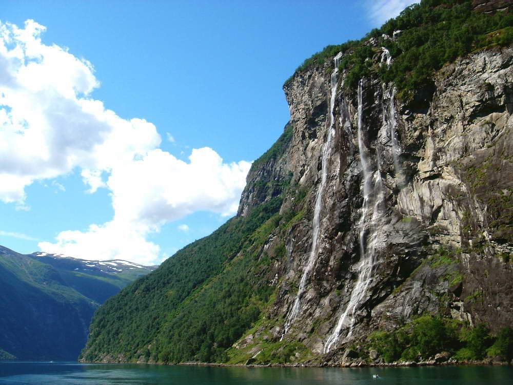 """Geirangerfjord, Wasserfall """"Sieben Schwestern"""""""