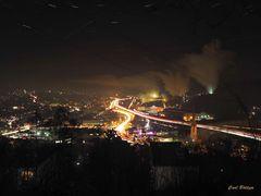 Geisweid mit Deutschen Edelstahlwerken bei Nacht