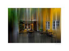 - gelber Innenhof -