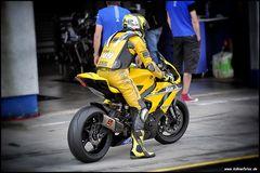 Gelb...Yellow