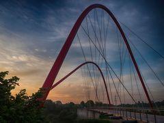 Gelsenkirchen - Doppelbogenbrücke im Nordsternpark