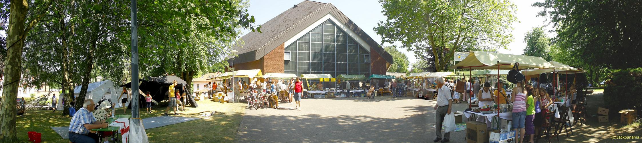 Gemeindefest mit einem Flohmarkt in der Heiligen Familie Grafenwald