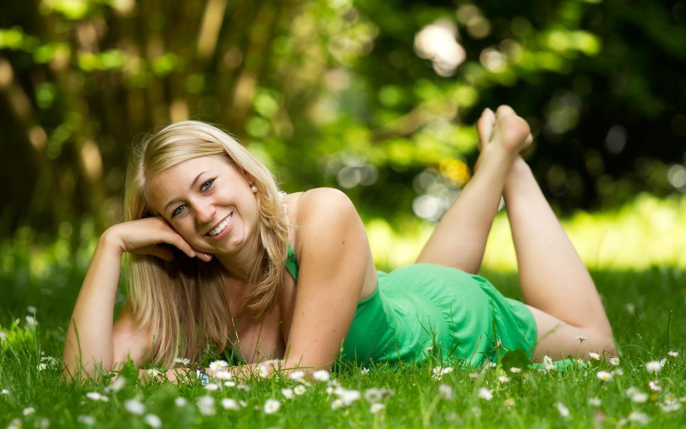 ~ Gemütlich im Gras ~